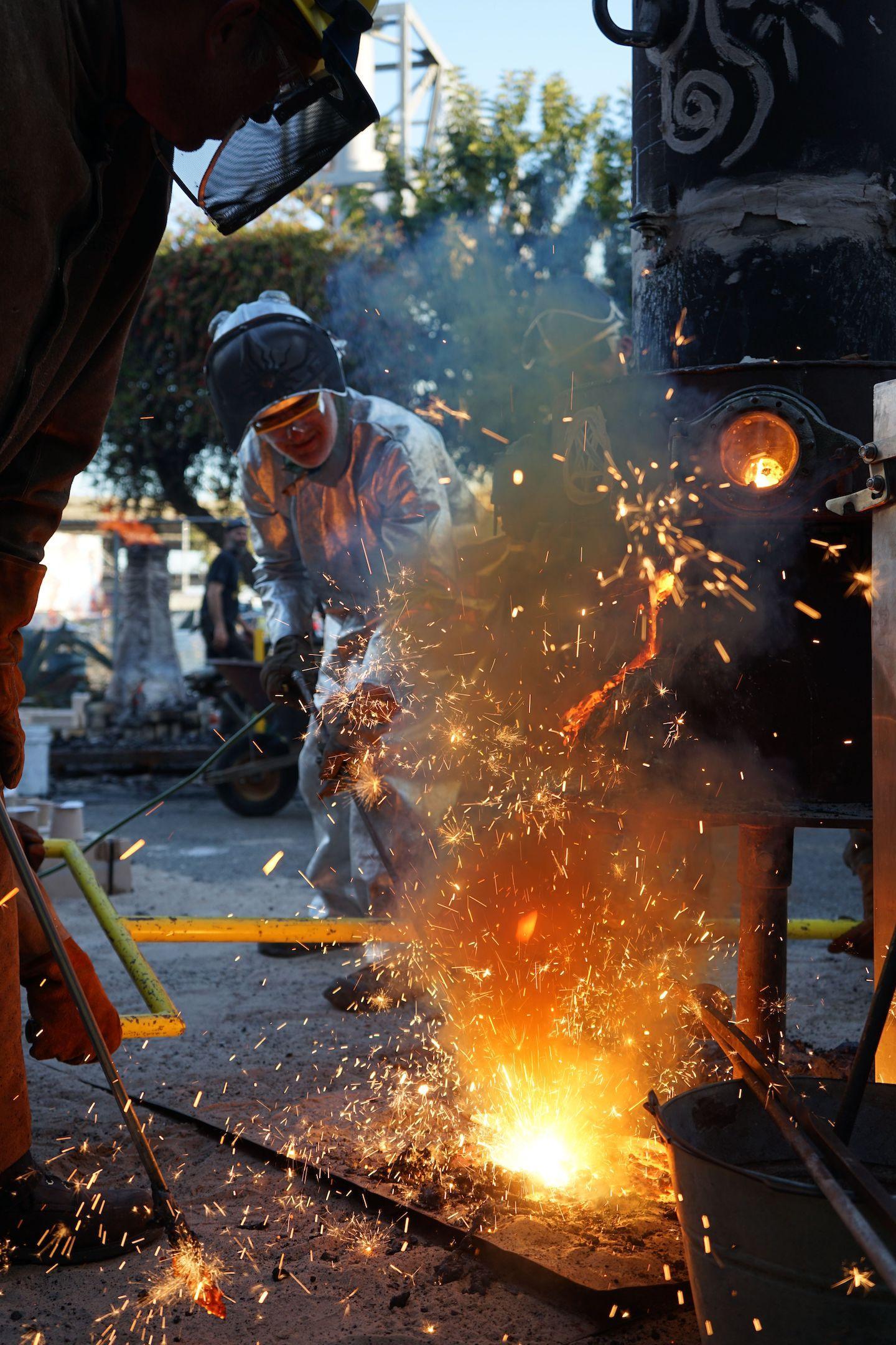 Crucible Iron Casting